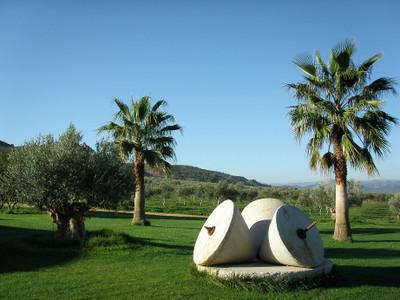 Finca_la_torre_front_gardens